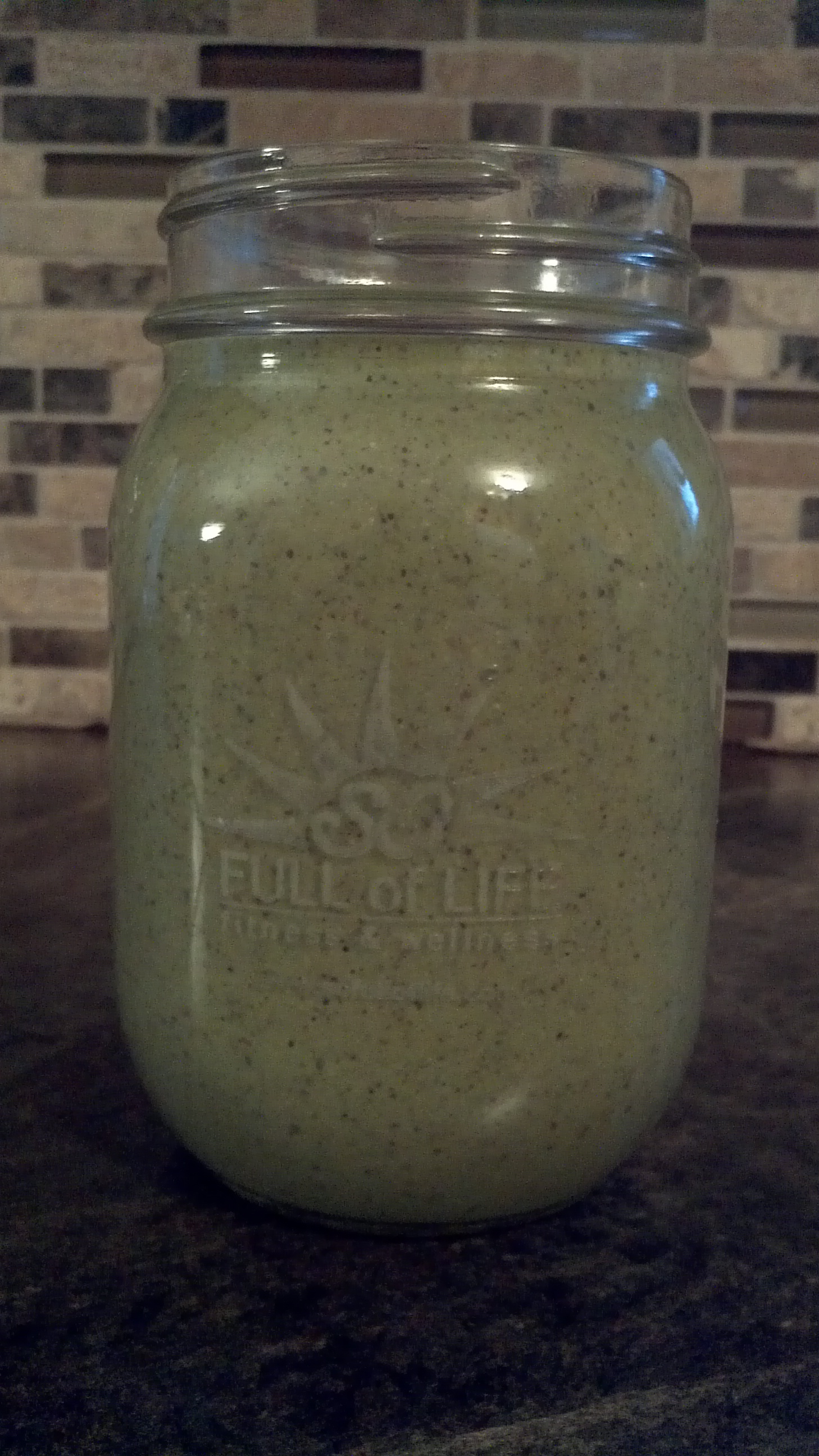 2014-03-08 Green Smoothie in Logo Jar 3